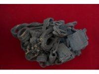 İzmir'de yaklaşık 4 bin 500 yıllık gümüş takı bulundu