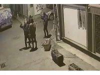 (TEKRAR) Patronunun işçisini döverek öldürdüğü anlar kamerada