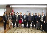KADİGER Genel Başkanı Emine Erdem Başkan Büyükkılıç'ı ziyaret etti.