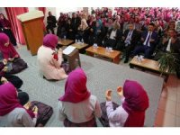 Develi Nevzer Erçiş İmamhatip Ortaokulunda Regaip Kandili programı yapıldı