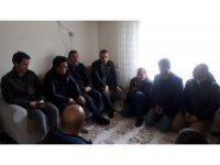İdlip'de yaralanan askerin ailesine ziyaret