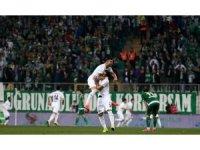 Bursaspor fırsat tepti