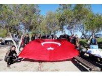 Temizlik öncesi İdlib şehitleri anıldı