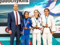 Manisa Büyükşehir'in 5 judocusu milli takımda