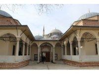 Restorasyonu tamamlanan Damat İbrahim Paşa Camii açıldı