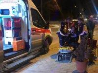 Bisikletli kadına otomobil çarptı:1 yaralı