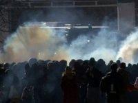 Yunanistan sınırında göçmenlere gazlı müdahale