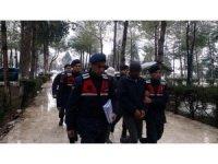 Muhtar ve devlet memuru kaçak kazı yaparken JASAT'a yakalandı