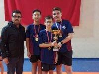 Ortaokul öğrencileri masa tenisinde Isparta'yı temsil edecek
