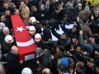 İdlib şehitleri son yolculuklarına uğurlanıyor