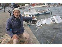 Ayvalık'ta şiddetli fırtına balıkçı teknelerini batırdı