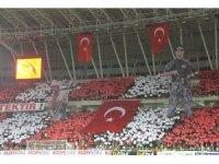 Sivasspor taraftarlarından müthiş koreografi