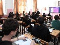 Koronavirüs önlemleri kapsamında okullardaki sosyal etkinlikler iptal edildi