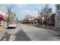 Şanlıurfa'da hafta sonu sokaklar boş kaldı