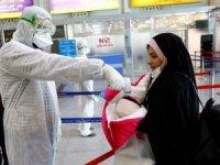ran'da son 24 saatte yeni tip koronavirüs nedeniyle 135 kişi hayatını kaybetti