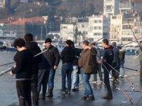 İstanbullular bugün de sahile akın etti