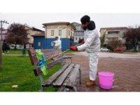 İzmit Belediyesi'nden Bekirdere ve Yenişehir'deki parklarda dezenfekte çalışması