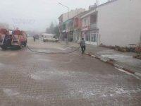 Dumlupınar'da tüm sokaklar dezenfekte edildi