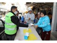 Gaziemir'in pazar yerlerinde korona virüsü seferberliği