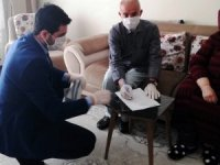Dicle Elektrik yaşlıların taleplerini evlerinde karşılıyor