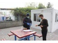 Jandarma her sabah hizmet binaları ve araçlarını dezenfekte cihazı ile temizliyor