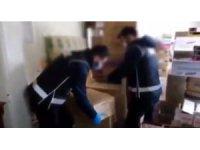 Konya'da stok yapılan 142 bin adet maske ve eldiven ele geçirildi