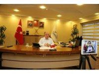 Başkan Bıyık vatandaşların sorularını canlı yayında cevapladı