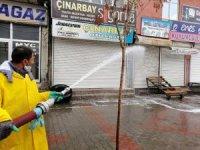 Çaldıran belediyesi korona virüs tedbirleri kapsamında dezenfekte çalışmalarını aralıksız yürütüyor