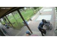 Engelli arabasını çalan şahıs tutuklandı, vatandaşa yeni araba alındı