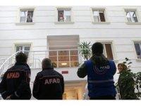 Sakarya'da yurtta karantina altında olan öğrencilerden ve vatandaşlardan moral alkışı