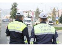 Bir haftada 725 sürücüye hız sınırı cezası
