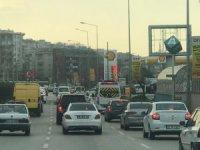 Bu fotoğraflar Bursa'da çekildi...Güneşi gören aracıyla sokağa çıktı