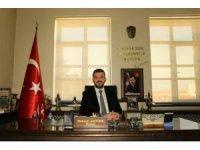 """Ürgüp Belediye Başkanı Aktürk """"Biz bize yeteriz"""" kampanyasına 3 maaş destek verdi"""