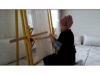 Uludere'de kadınlar evde kalarak üretmeye devam ediyor