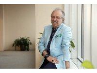 Prof. Dr. Oğuz Özyaral, korona virüs şüphesiyle hastanede tedavi altın alındı