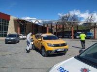 Hakkari'de ticari taksiler dezenfekte edildi