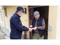 Kırıkkale Belediyesi yaşlıların ihtiyaçlarını karşılıyor