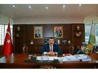 """TÜDKİYEB Genel Başkanı Nihat Çelik, """"Biz Bize Yeteriz Türkiye'm"""" kampanyasına 3 aylık maaşı ile destek verdi"""