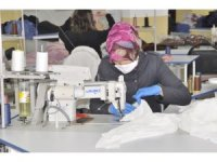 Şuhut'ta bir ay önce kurulan tekstil fabrikası maske üretmeye başladı