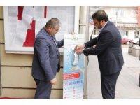 Sungurlu'da caddelere dezenfektan yerleştirildi