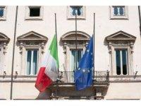 İtalya, korona virüs nedeni ile hayatını kaybeden vatandaşları için yas tuttu