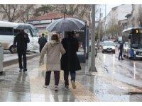 Elazığ'da şiddetli yağış etkili oldu