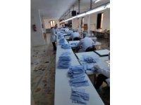 Kaçak maske üretimi yapılan atölyelere baskın: 50 bin maske ele geçirildi
