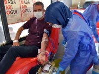 Tarsus Belediyesi personelinden Kızılaya kan bağışı