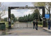 Diyarbakır'da vatandaşlar mezarlıkların kapısından döndü