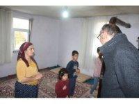 Başkan Dündar'dan derslerini takip edemeyen öğrencilere televizyon