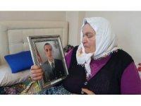 """Şehit annesi: """"Allah vatanımıza, milletimize zeval vermesin"""""""