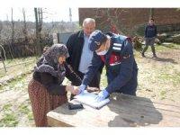 Sosyal yardımlar dağıtılmaya başlandı