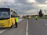 Kızıltepe'de trafikte korona virüs tedbirleri devam ediyor