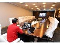 Başkan Dr. Şadi Yazıcı, korona virüsle mücadele çalışmaları için video konferans düzenledi
